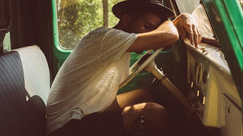 Wybierasz się w podróż - przygotuj się na chorobę lokomocyjną. Choroba ruchu, zwana inaczej kinetozą. -portal medyczny